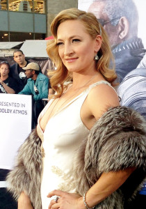 Quentin Tarantino on island with Zoe Bell pictured at Oblivion premiere 2013 Wiki