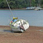 Illegal moorings putiki bay abandoned boat 1 30 April 2018 RJ