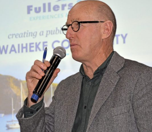 Councillor Chris Darby at the Fullers public meeting 9 June